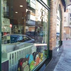 Eliminación Graffitis Escaparates. Bilbao